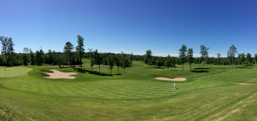 Golden Eagle Golf Club